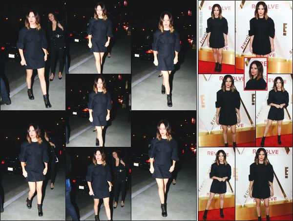 - 02.11.17 ─ Notre ravissante .Ashley Tisdale était présente à la soirée des « #REVOLVEAwards » dans Los Angeles ![/s#00000ize]Plus tôt, nous l'apercevons en arrivant au DREAM Hollywood, là ou se situe la soirée #REVOLVEAwards ce soir là ! Je suis assez mitigée par la tenue, top!  -