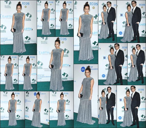 28.02.18 ─ Ashley Tisdale était présente à la « Green Pre-Oscar Gala » accompagnée de son mari à Los Angeles ! Ashley à donc posée sur le tapis vert aux côtés de son mari, Christopher French ! Très souriante comme à son habitude, elle est ravissante! Un beau top.