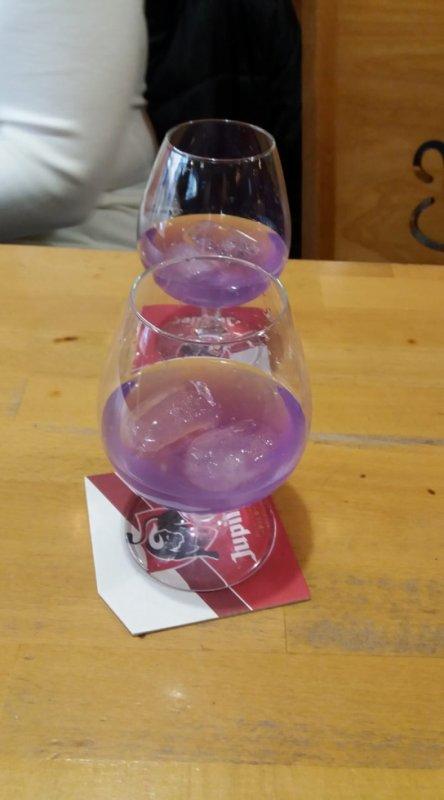 petit pecket violette avec mon amie