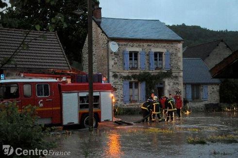 Orages dans l'est de la Creuse : un pompier volontaire est mort noyé  samedi 26 Ma i2012 vers 0h00