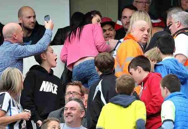 Mike Ashley Sends Stewards In To Force Fans Away From Ben Arfa At Match Today