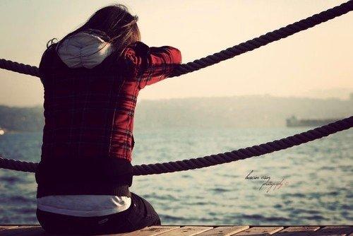Pourquoi chercher désespérément la clef du bonheur alors que, de toutes façons, la serrure n'a jamais existé ?