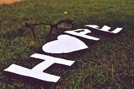 Les seules lettres d'amour qui aient quelques utilités sont les lettres de rupture ...