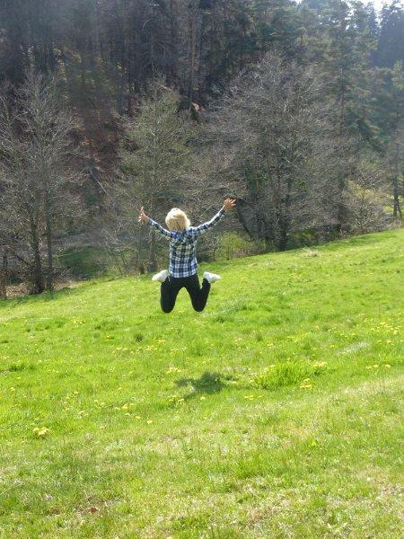 BE FREE !
