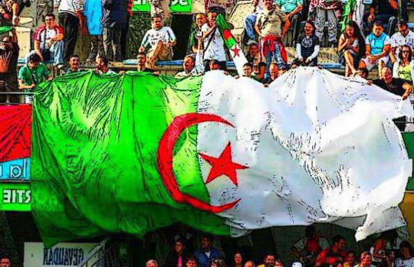 :: ONE TWO THRE ViiVA L'ALGERIIE <3