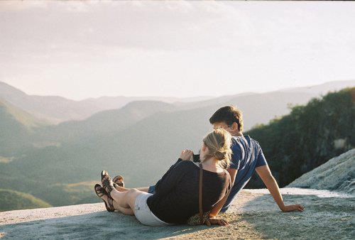 Ton regard me fait craquer, ta voix me fait vibrer, mon coeur ne fait que t'aimer. ♥