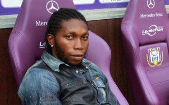 soutient  à dieu mbokani