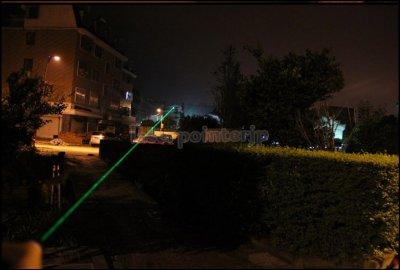 満天の星 高出力500mW绿レーザーポインター指示棒遭難信号を発行した