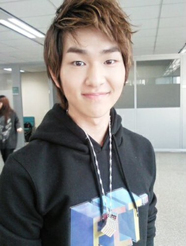 Lee Jinki connu sous le nom de Onew