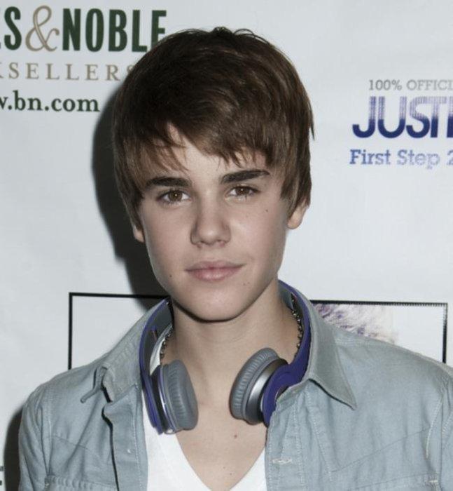Je Suis Grande Fan De Justin Bieber<3<3<3<3