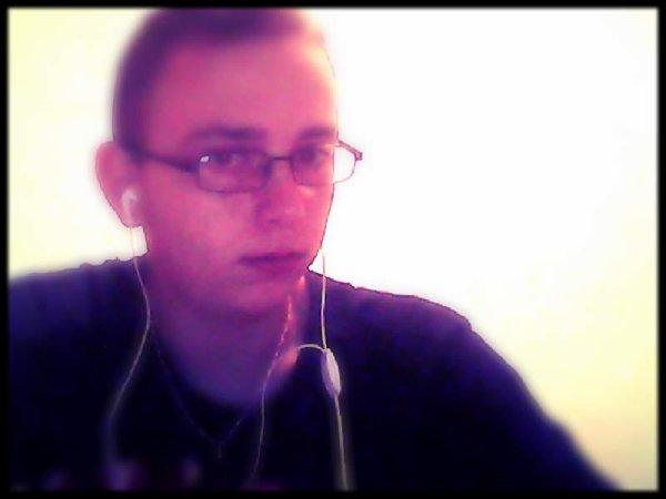 moi quand j ecoute de la musique rien d autre a faire
