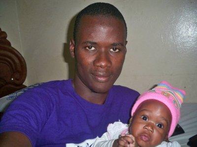 Mon fils Oumar, sa femme Sokhna et leur bout de chou Ndeye Fatou !