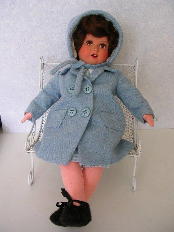 Louise et son nouveau manteau