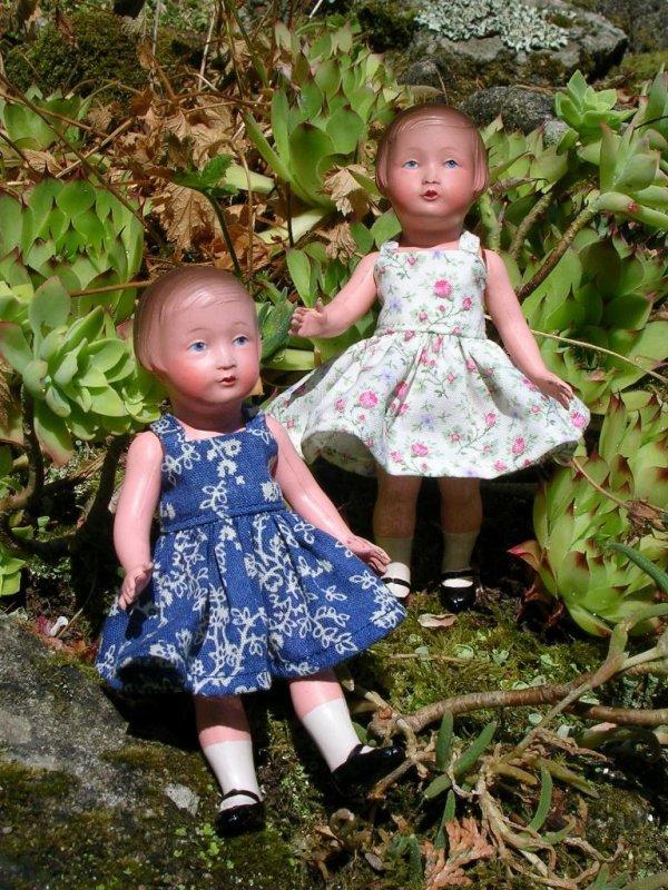 Nous sommes 2 soeurs jumelles...
