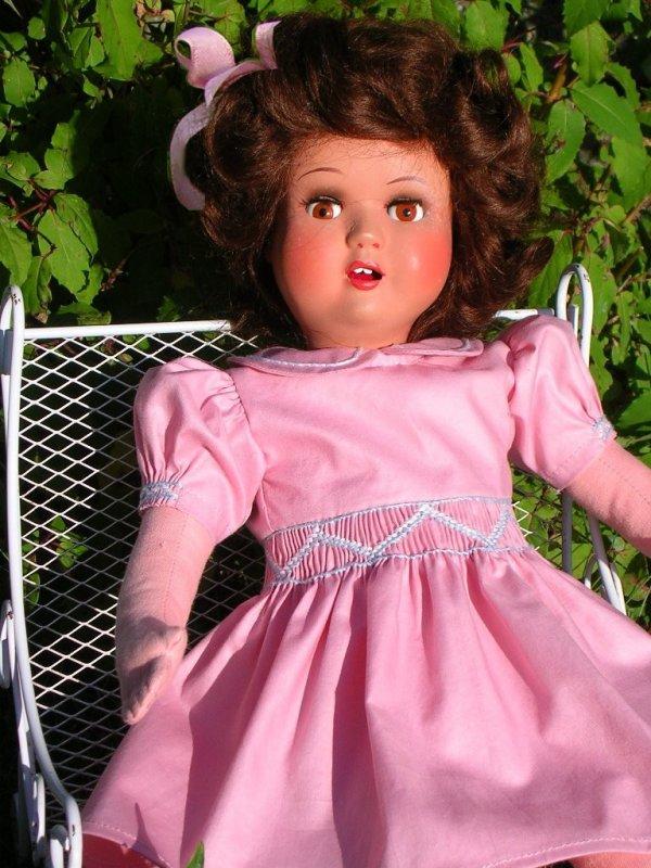 Une robe habillée, pour Louise