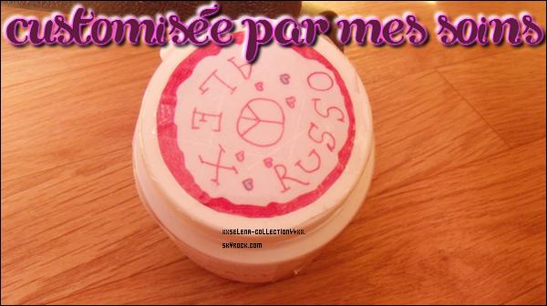 """Pochette pour téléphone """" I (l) Selena """"  +   Boite à chewing gum customisée par mes soins"""