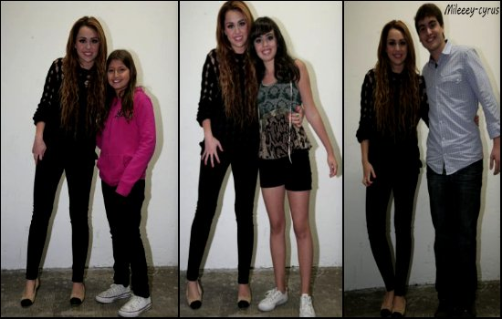 Photos 17.05 : Miley a était prise en photos avec ses fan