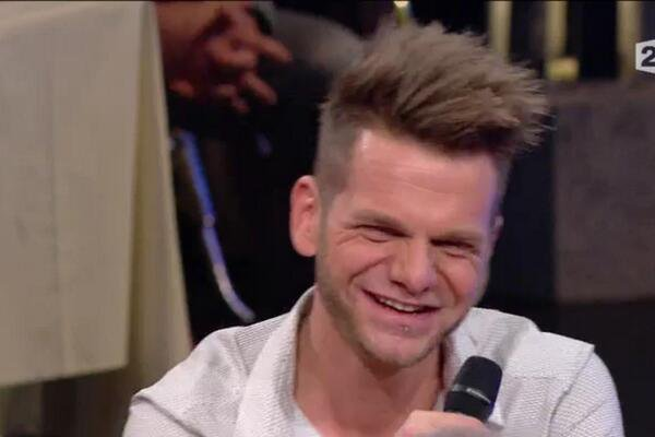 Keen'v dans l'émission Les Années Bonheur sur France 2 le 15/03/2014
