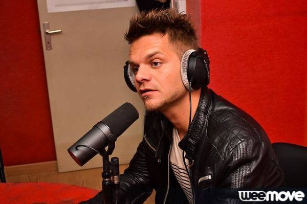 Keen'V en interview sur Flash FM (87) le 2 Mai 2014