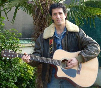 """""""Mon but serait de pouvoir chanter au profit de l'Association Daniel Balavoine,  et participer ainsi activement à ses actions."""" Balavoice"""
