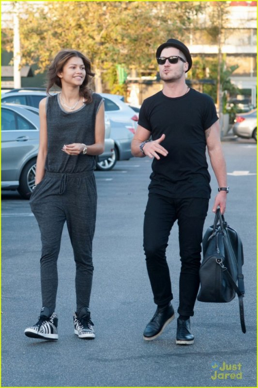Zendaya & Val Chmerkovskiy Grab Lunch Before 'The Making of Sway' Rehearsals!