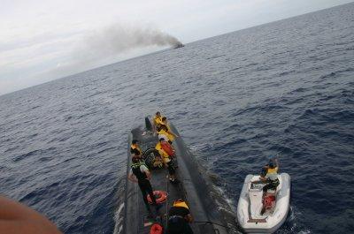 Un sous-marin turc porte assistance à 3 plaisanciers en détresse