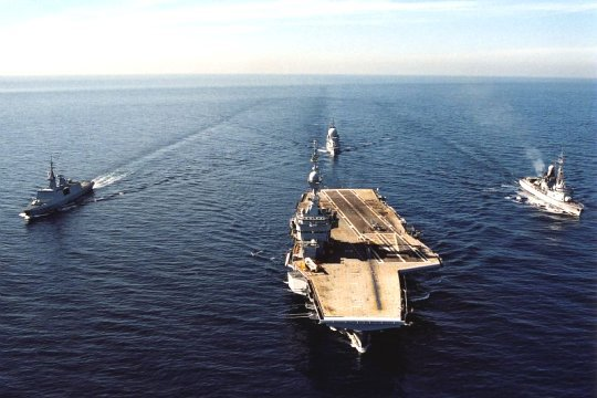 sous marin francais et situation