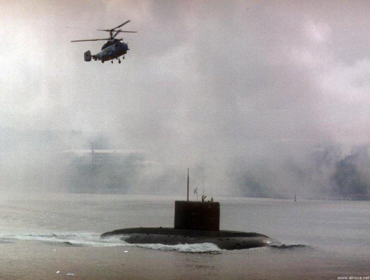 sous marin b808 une affaire de marin