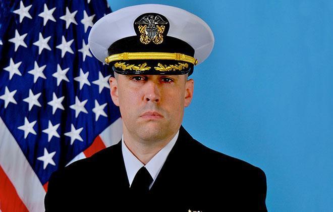 """le commandant du """"missippi"""" nouveau sous marin nucleaire americain tony swanson relevé de ses fonctions"""