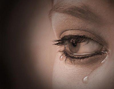 zazah is triste a fond