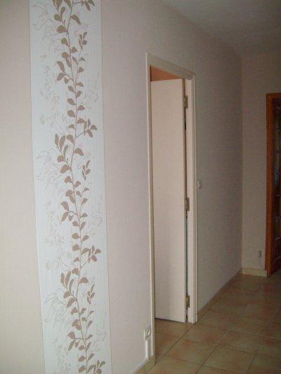 Couloir dans les tons beige mes oeuvres for Papier peint couloir moderne