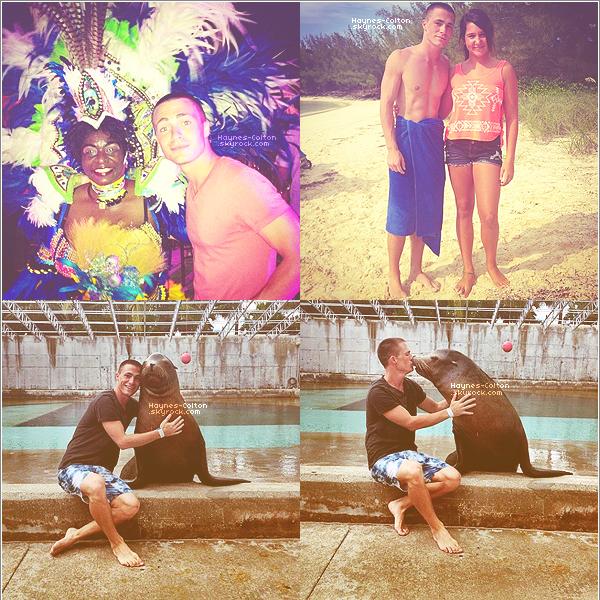 • Colton en vacances au Bahamas.   Il est avec quelques amis. Voici quelques photos qu'il a postés sur instagram (je n'ai pas tout mis) Bonnes Vacances Mr. Hotnes !