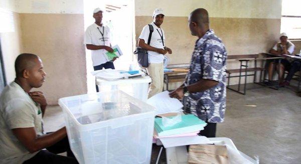 Elections législatives et des conseillers des îles : Les opérations ont débuté avec un léger retard