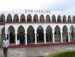 Ndzuani. Bras de fer entre l'exécutif et le conseil : Dar-nadjah saisit la Cour constitutionnelle et retire ses projets