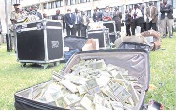 Près d'un milliard de dollars de faux billets pour noyer l'économie comorienne
