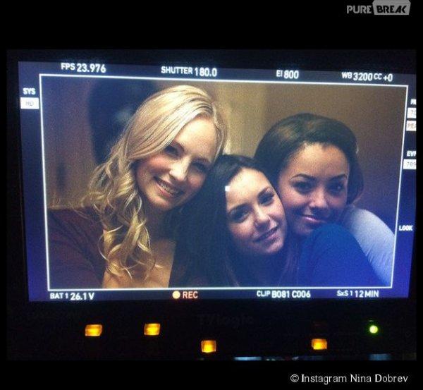 Nina Dobrev (Vampire Diaries) : dernière scène et grosses larmes avec Candice Accola et Kat Graham