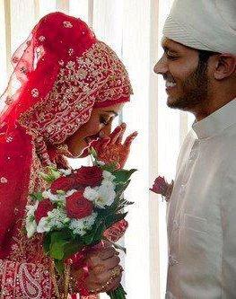 """X X - L A - M ii S S - D U - 9 3 - D U - X X       Le Prophète Muhammed Sallallahou 'Aleyhi Wa Salam a dit :  """" Quoi de meilleur que d'unir deux personnes musulmanes qui s'aiment ? """" ♥"""