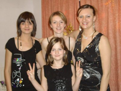 mes soeur et moi à noël 2008