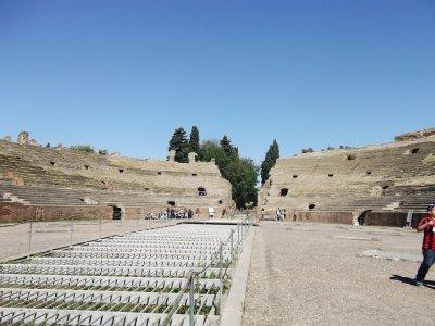 amphitheatre flavio