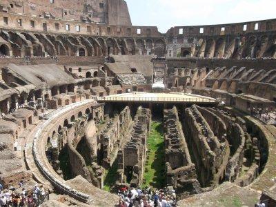 rome:l'interieur du colisée
