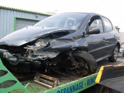 Accident blog de garagedes7fonts for Garage peugeot agde