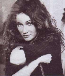 Marine Delterme - Une artiste connectée !