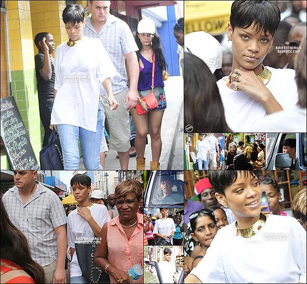 21 Décembre 2012: Rihanna sur le balcon de sa demeure en barbade + Rihanna fait du shopping à la Barbade.+ Riri en voiture en voiture + Riri encore sur son balcon