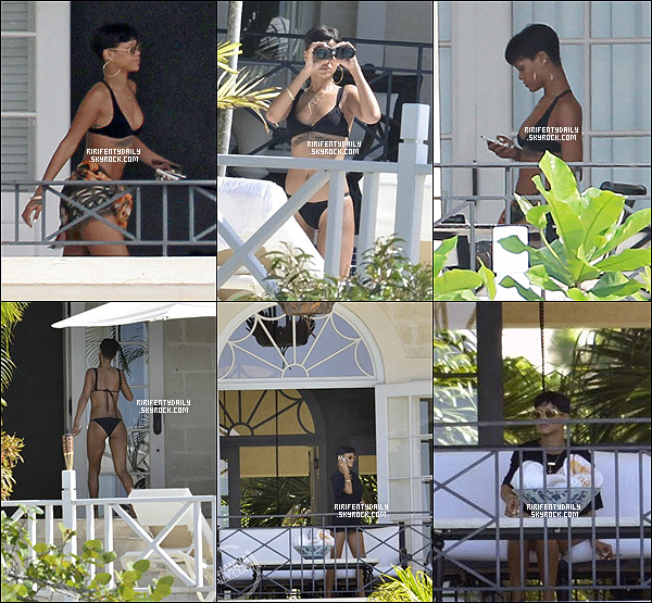 23/12/12 : Rihanna a été phtographiée sur le balcon de sa villa en Barbade.