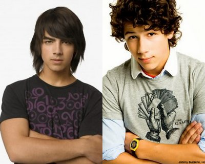 Joe Jonas vs Nick Jonas