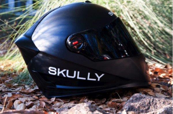 Moto: Skully Helmets P1