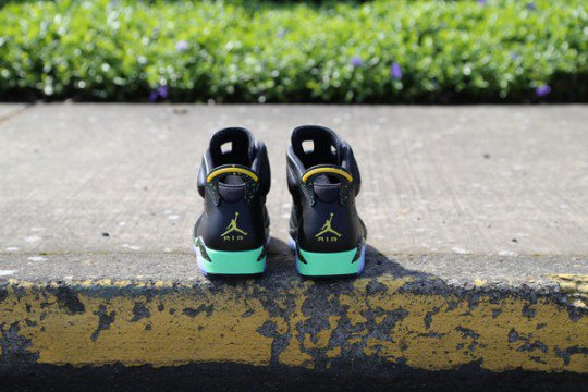 Shoes: AIR JORDAN VI BRAZIL WORLD CUP