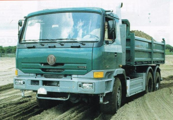 LES CAMIONS RUSSES