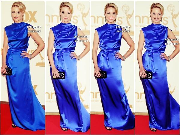 18 Septembre | Dianna Agron, très joli était présente à la cérémonie des Emmy Award 2011 !