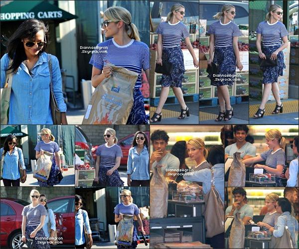 8 juillet 2012 |Ditoujours en robe, a été vue faisant ses petites courses chez Bristol Farms à Beverly Hills.